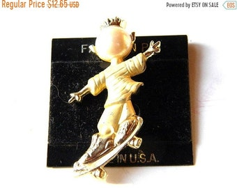 25% OFF SALE Vintage Skateboarder Figural Pin Goldtone with Faux Pearl Head