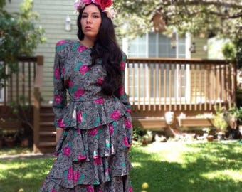 Vintage floral ruffled dress. Day of the Dead costume. Catrina costume. Size small