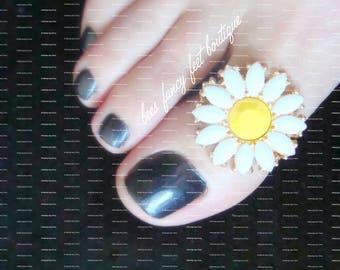 Daisy Big Toe Ring, Daisy Ring, Stretch Bead Toe Ring