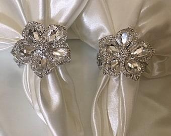 ELEGANT NAPKIN RINGS, Set of 8 Custom Crystal Holiday Napkin Rings, Fancy Napkin Rings, Napkin Rings, Gem Napkin Rings, Wedding Decor