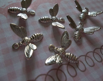 Silver Plated Bee Charms or Pendants with Wings Bent in Flight - 17 X 11mm - Qty 5