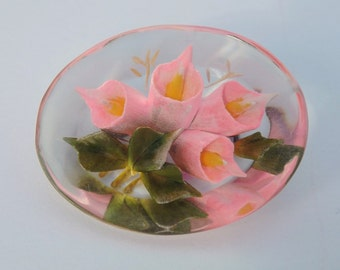 Vintage 1940s reverse carved lucite brooch or pin pink blush calla lilies floral brooch flower pin