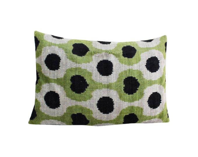 Silk Velvet Ikat Pillow Cover Lp492, Bohemian pillow, Velvet Ikat Pillow, Velvet Pillow, Velvet Pillow Cover, Ikat Pillows, Throw Pillows