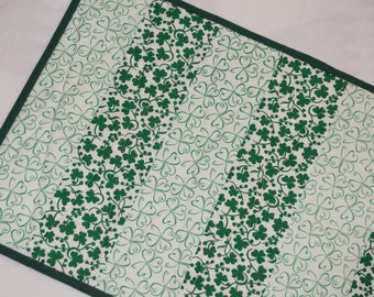 St. Patricks Shamrock Table Runner Reverses to Daisies and Vases