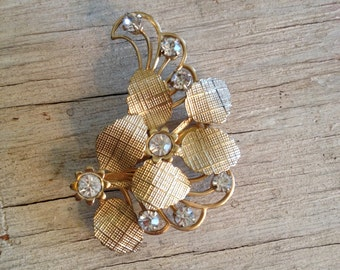 Brooch Gold Jewelry Vintage Coat Pin Rhinestones