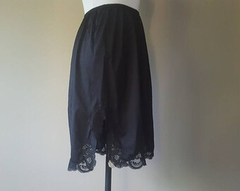 "M / Olga / 25"" Black Nylon Half Slip w/ Lace / Kick Pleat/ Medium"