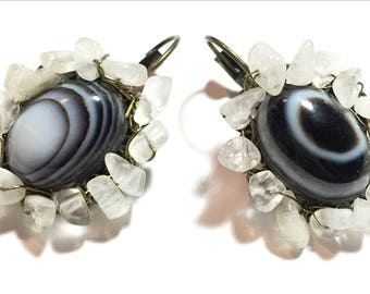 Hand made Short dangling earring with black and white striped agate stone in the center and clear moonstones around it. for elegant look