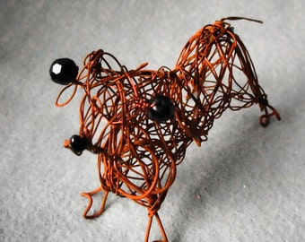 Dog Dachshund, Wire Sculpture, Dog Lover Gift, Pet Dog Keepsake, Weiner Dog, Dog Home Decoration, Office Desk Decor