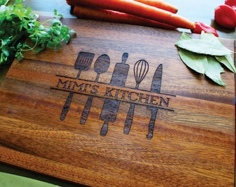 Personalized Cutting Board, Grandma, Christmas, Custom Name, Birthday Gift, Kichen Decor, Wedding, Anniversary, Gift For Her, Gift For Mom