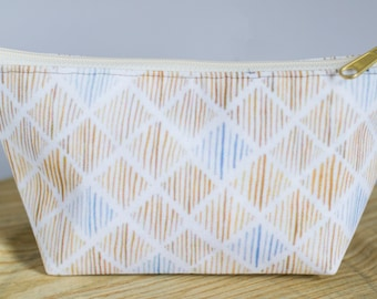 T-bottom or No Bottom Accessory Pouch | Periwinkle Diamonds |