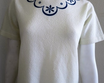 1960s Cream Knit Top with Navy designs