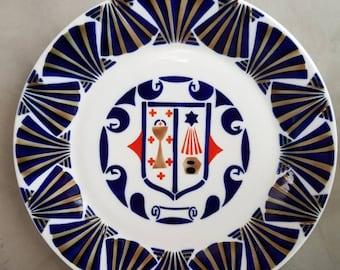 Sargadelos Porcelain Spanish Crest Plate Sea Shell Border Star Chalice Scrolls