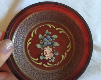 VINTAGE! floral red small plate