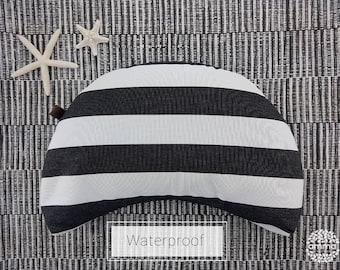 Zafu portable waterproof crescent Moon | Yoga & Meditation Cushion | Floor cushion | Better posture and ergonomic | Washable with liner