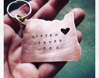 Personalized Oregon Loves You Keychain