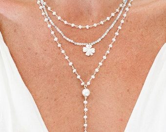 Necklace with pearls and chain