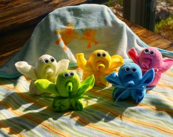 Set of 5- Washcloth Baby Shower Favors- Chick Favors- Boy, Girl, Neutral- Baby Shower Centerpieces- Baby Basket Stuffer
