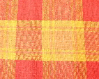 Nice vintage retro Tablecloth in heavy linen. Checkered in red, orange and yellow. COOK. Designed by Berit Woelfer, Tampella, Finland