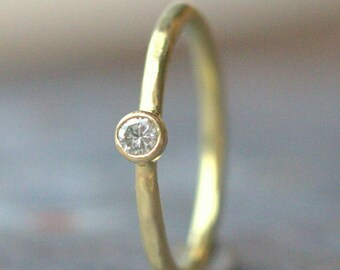 18k Diamond Engagement Ring - Dainty Diamond Ring - 2.5 mm Diamond, 18k Yellow Gold