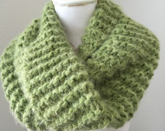 Chunky Knit Cowl, Infinity Cowl, Cozy Loop Scarf, Knit Circle Scarf
