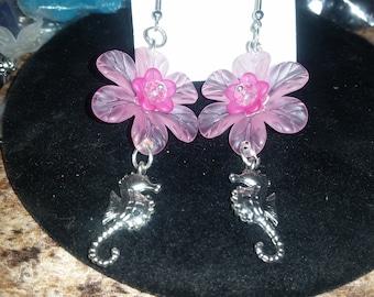 Pink seahorse pierced earrings