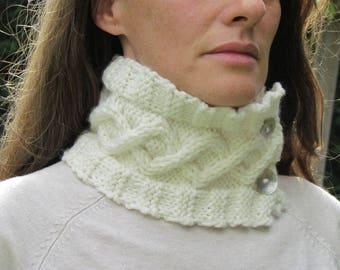 Beautiful Cabled Cowl Aina Knitting Pattern for Autumn Winter Very Easy