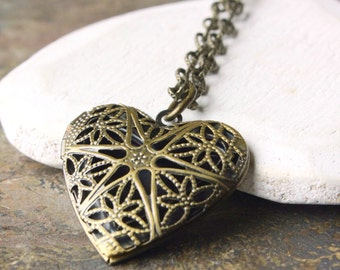 Heart locket, antiqued Brass Locket, Long Chain photo locket Necklace, Bronze Filigree Pendant, gift for bridesmaid, mother, sister N178