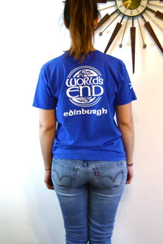 WORLDS END Bar Tee, Edinburgh Scotland, Vintage 80s t shirt, Scottish Flag Patch, Bright Royal Blue,Celtic Bird graphic,Celtic Circle Design