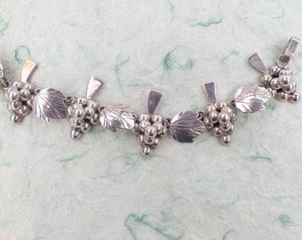 Sterling Silver Mexico Grapes and Leaves Link Vintage Bracelet