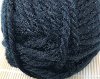 Black Bulky Yarn - Cascade Yarns Pacific Bulky #48 Black