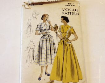 """Vogue 6798: Misses' Housecoat or Brunchcoat """"Easy-to-Make"""" Size 14 Complete Original (1949)"""