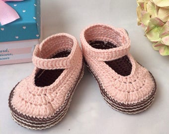 Baby booties Crochet baby booties Pink booties Mary jane booties Pram shoes Baby mary janes