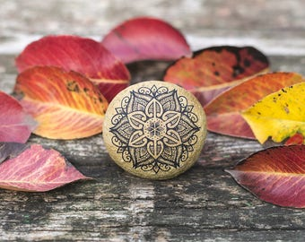 Mandala/ Mandala Art/ Mandala Stone/ Meditation Art/ Boho/ Hippie Art/ Bohemian decor/ Boho Decor/ Gift for Her/ Meditation Stone/ Rock Art