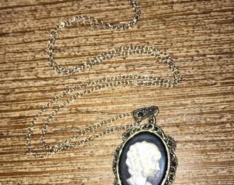 Silver vintage Cameo necklace