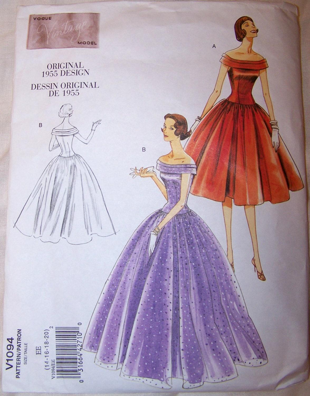 Retro 1955 Vogue V1094 Designer Dress Pattern Wedding or Ball Gown ...