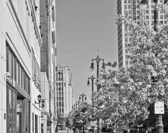 Lunch Break on Woodward Avenue Detroit MI Metallic Print