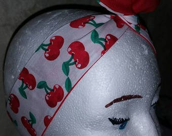 headband, reversible tie with aluminum wire. about 80 cm. White fabric with cherries and red fabric.