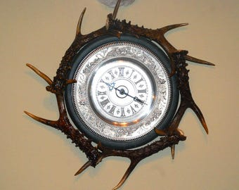 """Wall clock with horns of roe deer """"Hunting"""""""