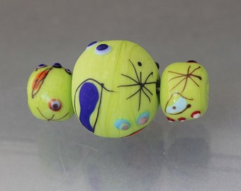 Green lampwork bead set Green barrel beads Green focal bead set large Green beads Green glass beads etched beads Miro beads Anne Londez