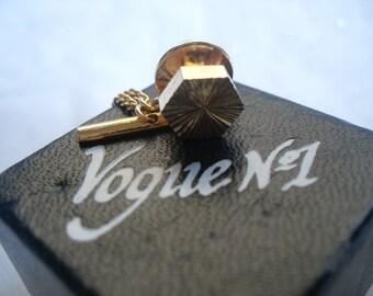 Vogue No1 Tie pin gold tone 1980/1990s