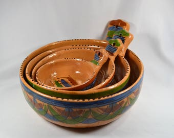 Vintage Tlaquepaque Pottery Nesting Bowl Set, Terra Cotta Bowls with Tab Handles, Set of 4 534