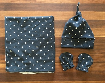 Baby Gift Set - Swaddle Blanket - Knot Hat - No Scratch Mits - Boy