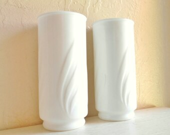 Beautiful Pair of Matching White Milk Glass Vases with Classic Design 2 Two