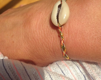 Braided cord cowrie shell bracelet