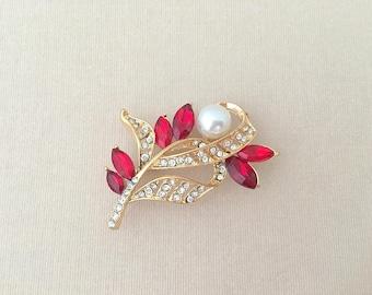 Red Pearl Gold Brooch.Red Rhinestone Brooch.Red Crystal Brooch Pin.broach.Bridal Accessory.Wedding.Red Gold Pearl Rhinestone Brooch Pin.Leaf