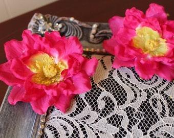 Hot Pink  color  flower      2  piece listing