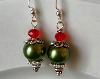 Christmas Earrings, holiday earrings, earrings