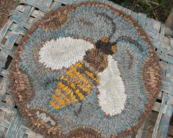 PAPER PATTERN - Honey Bee Hooked Chairpad - from Notforgotten Farm