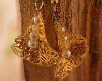 Pearl & Gold Leaf Earrings