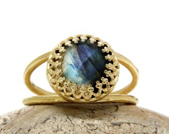 MOTHER'S DAY SALE - delicate Labradorite ring,14k gold ring,small gemstone ring,double band ring,gold filled ring,solid gold ring